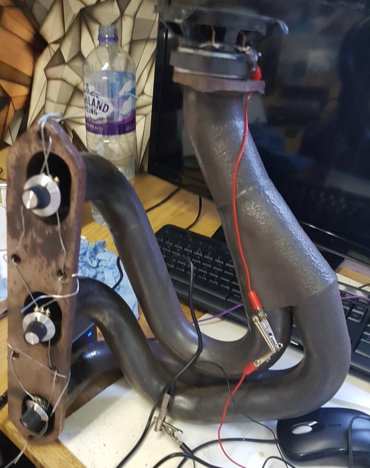 car exhaust manifold